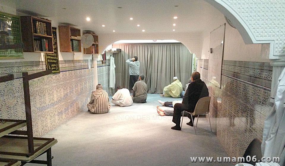 salle de pri re d 39 el imen nice alpes maritimes. Black Bedroom Furniture Sets. Home Design Ideas